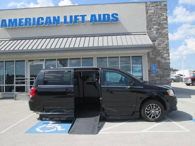 2017 Dodge Grand Caravan VMI Dodge Summitwheelchair van for sale