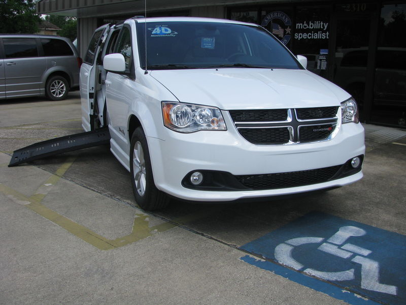 2019 Dodge Grand Caravan BraunAbility Dodge Entervan IIwheelchair van for sale