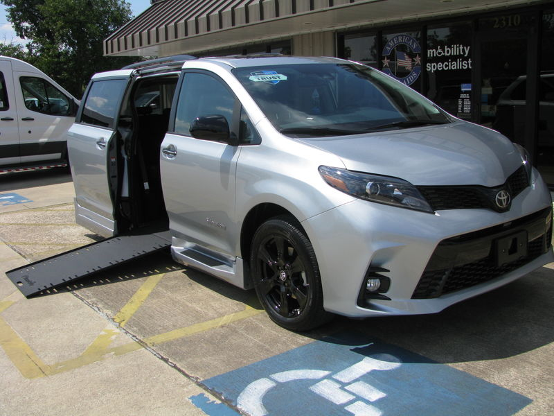 Wheelchair Vans For Sale in Texas & SW Louisiana | American